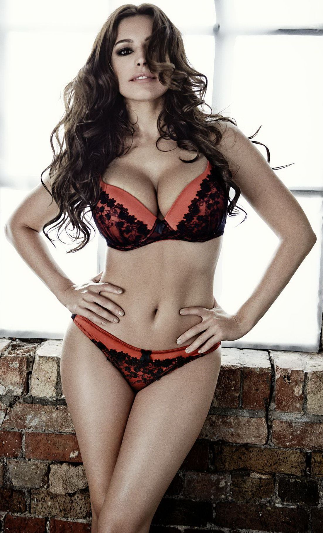 Kelly Brook | Kelly Brook | Pinterest