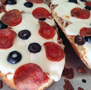 Pepperoni Pizza French Bread Recipe. Get creative in the kitchen with this recipe. Perfect for a weekend treat! Click through to read more... Queen Bee Coupons