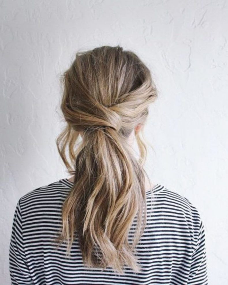 20 Lazy Day Hairstyles That Are Quick And Cute AF - Society19