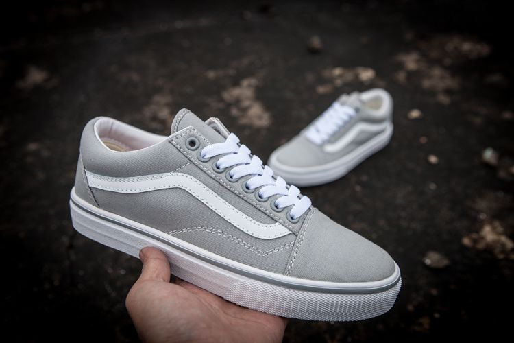 a0ecd1719604d7 vans classic gray canvas low to help Model  x24 35-4416  Vans ...