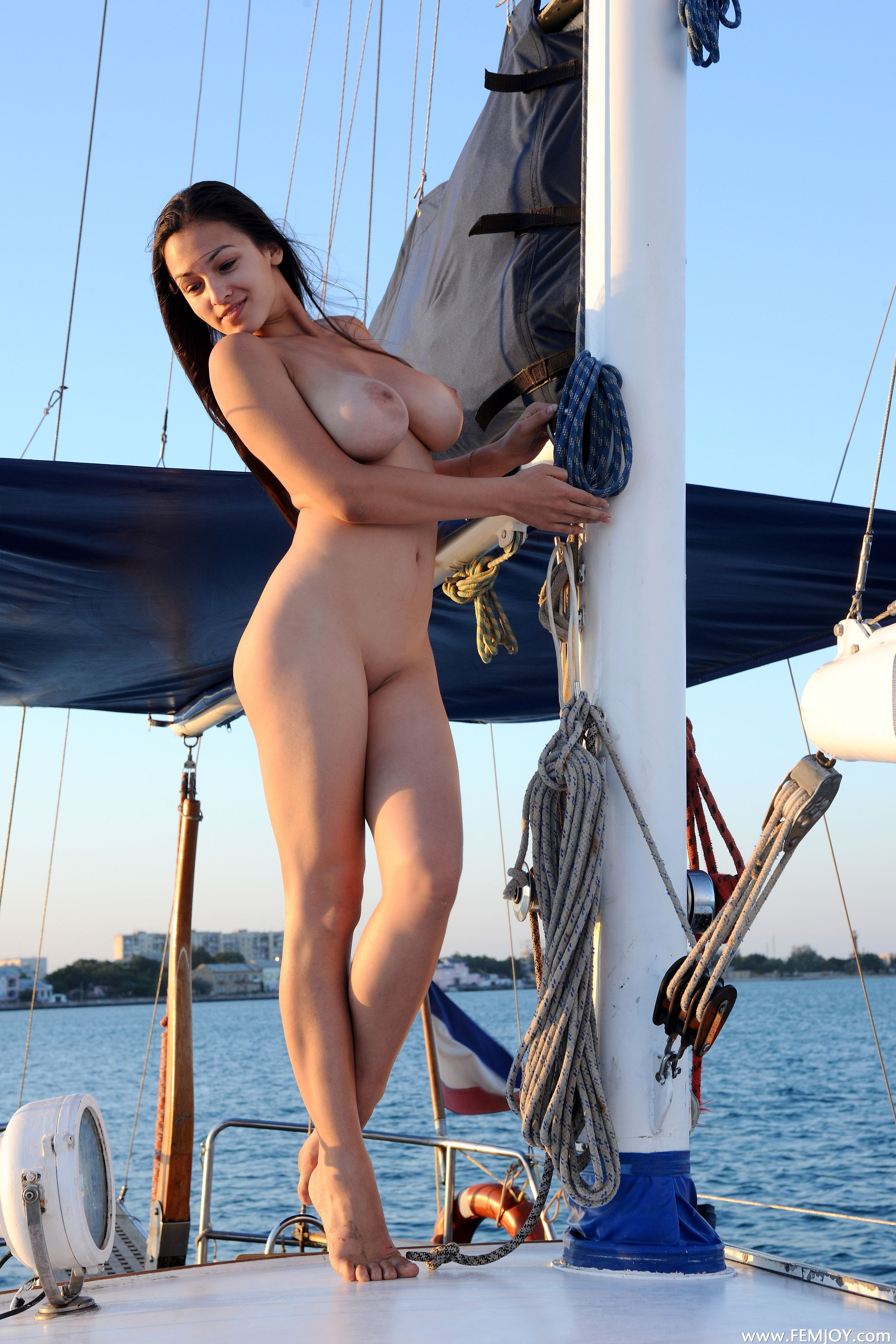 hot lake girls sex boat fucking