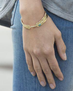 Feather Bracelet // Jewelmint buy 1 get 1 free code B1G1