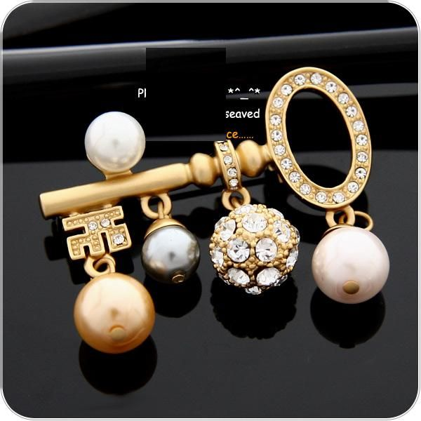 Evening and Occasional Brooches For Women