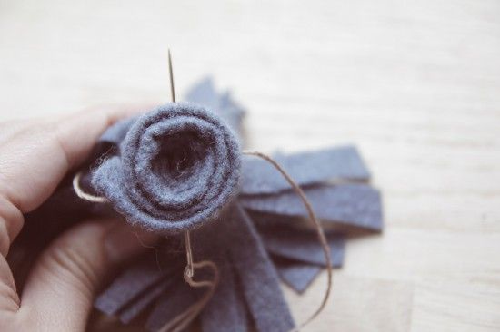 DIY: The Step by Step Guide to Felt Flowers Five Ways - Paper and Stitch