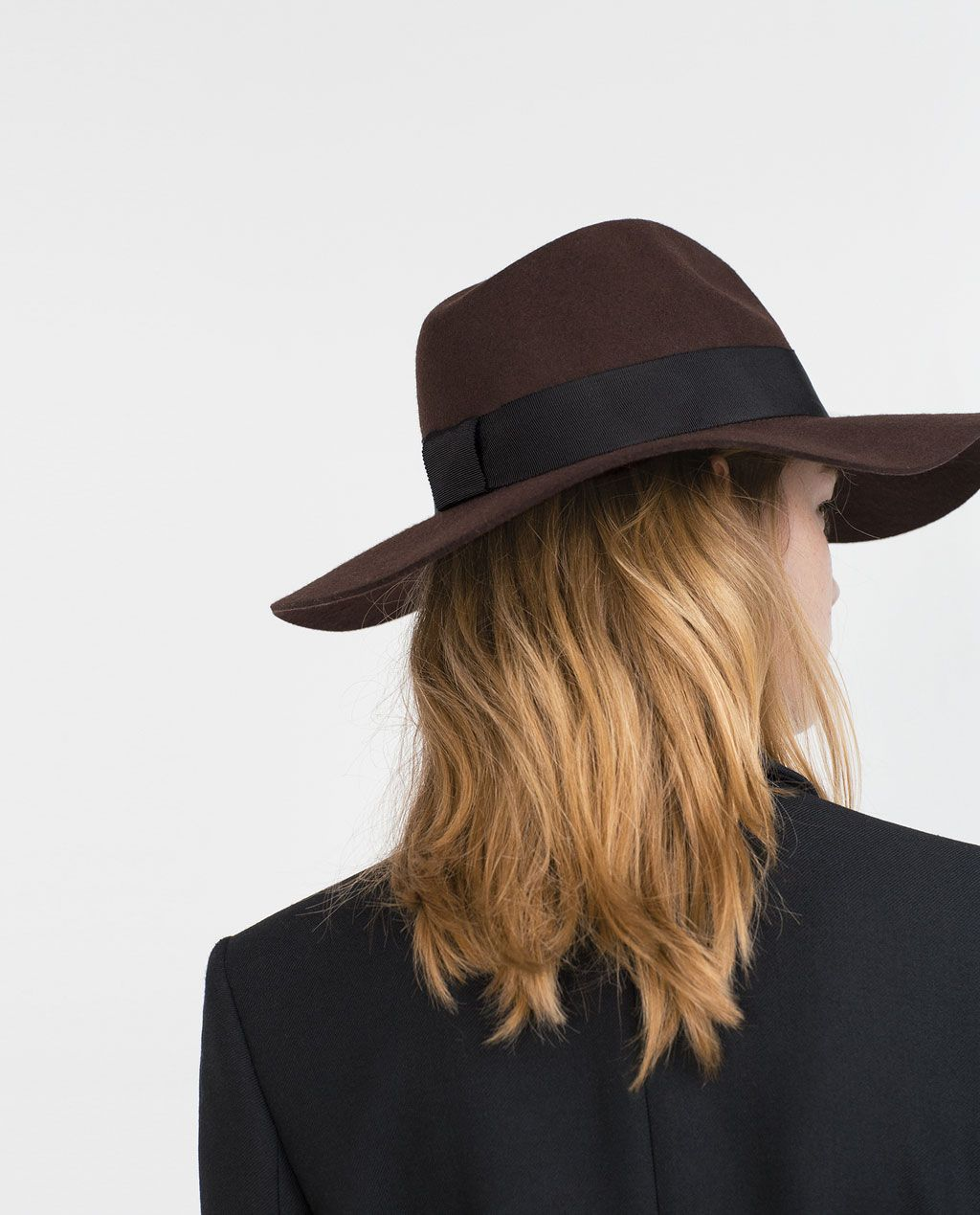 HANDMADE WOOL HAT-ACCESSORIES-Woman-COLLECTION SS16  46bd1829021