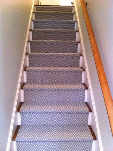 Waterfall Vs Hollywood Stair Installation Colony Rug Provider Of Carpet Products Services And Carpet Stairs Stair Installation Installing Carpet On Stairs