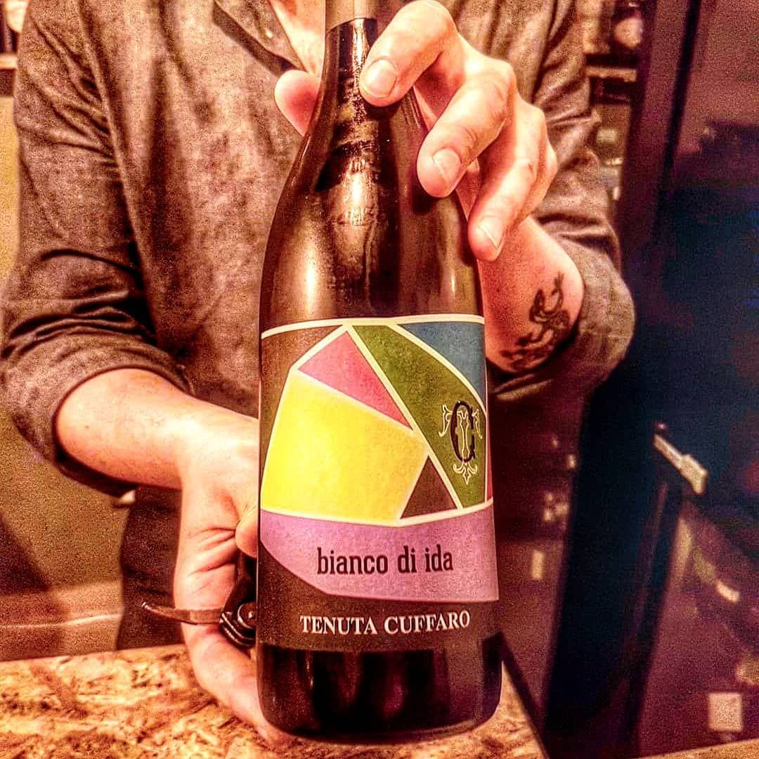 Bar Barrique205 Barrique205 Dont Miss This Place With Great Collection Of Sicilian Wines Vino Frizzante Bianco Di Ida Igp Terre Siciliane In 2020 Saffron Plant Wines Sicilian