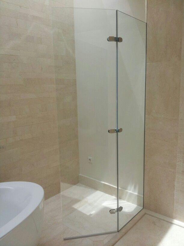 Mampara de ducha de vidrio templado con fijo y hoja abatible ...