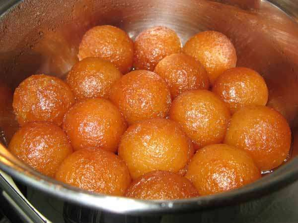 Gulab jamun recipes the yummiest dessert of india food i had gulab jamun recipes the yummiest dessert of india forumfinder Gallery