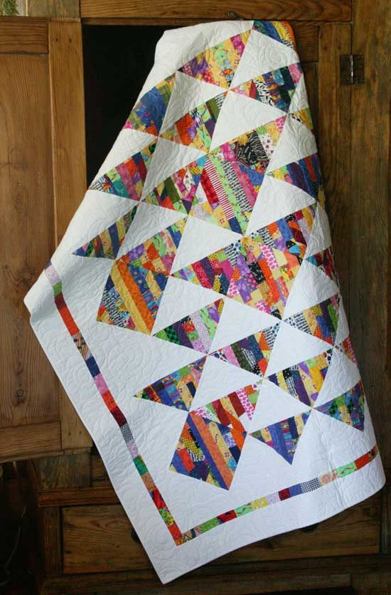 Julia LaBauve's Lucky Me in QN's Best Scrap Quilts 2014 | Scrap ... : wrap it up quilt pattern - Adamdwight.com