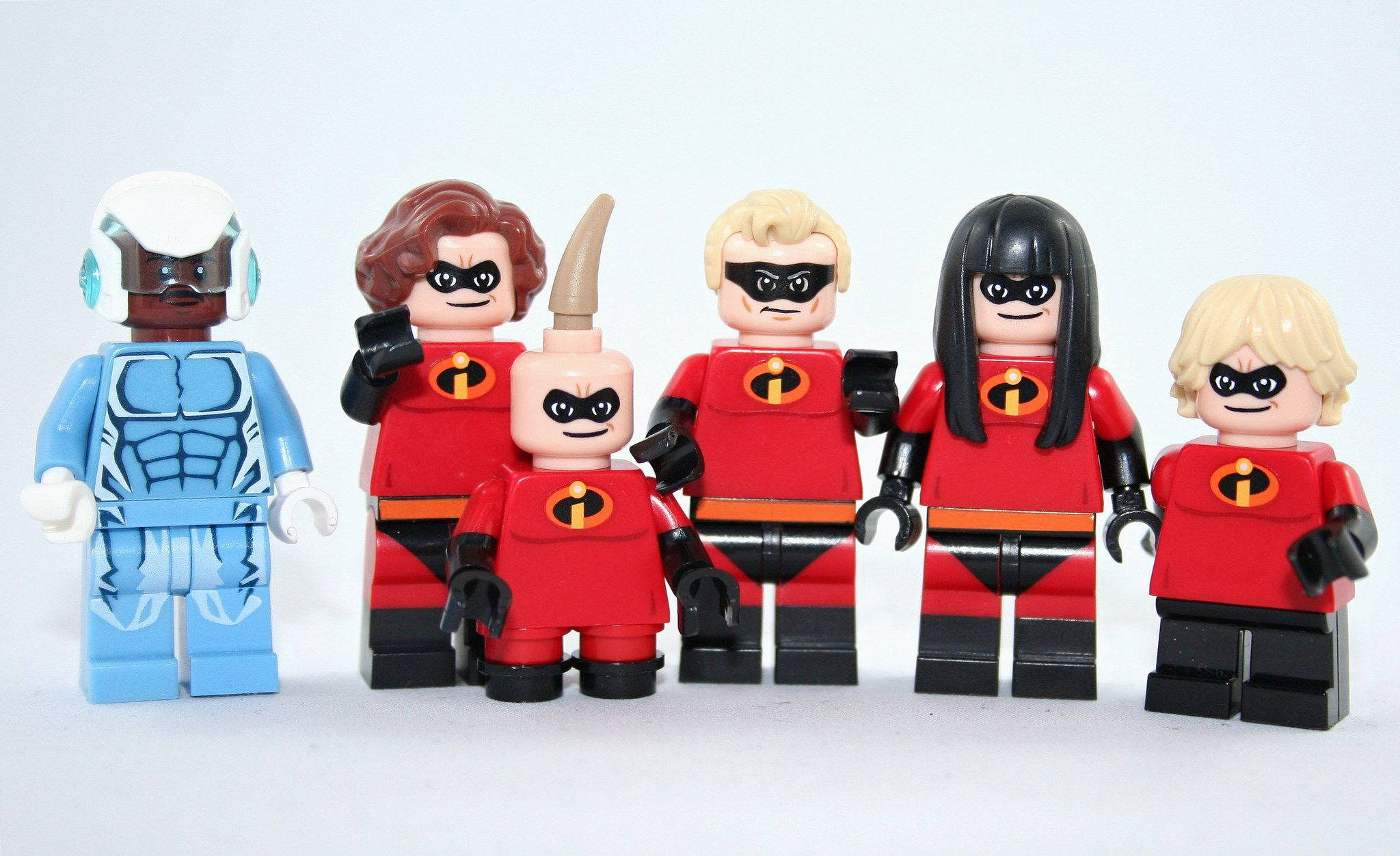 NEW LEGO INCREDIBLES FAMILY LOT 5 Minifig Lot jack jack violet elastigirl dash