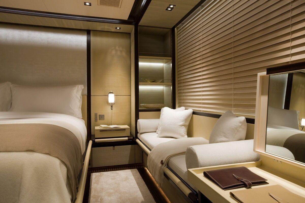 Yacht Bedroom #luxuryyachtinterior #yachtinterior | Yatch ...