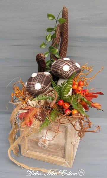 gesteck herbstgesteck alte schublade von deko idee eolion auf autumn and fall. Black Bedroom Furniture Sets. Home Design Ideas