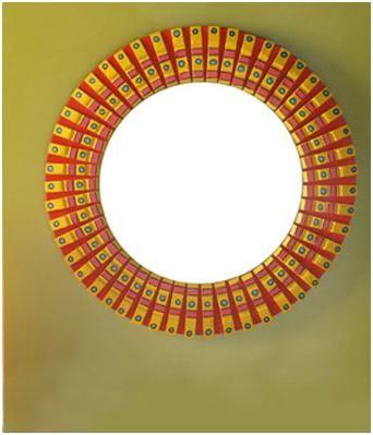 decora un marco de espejo con pinzas de madera