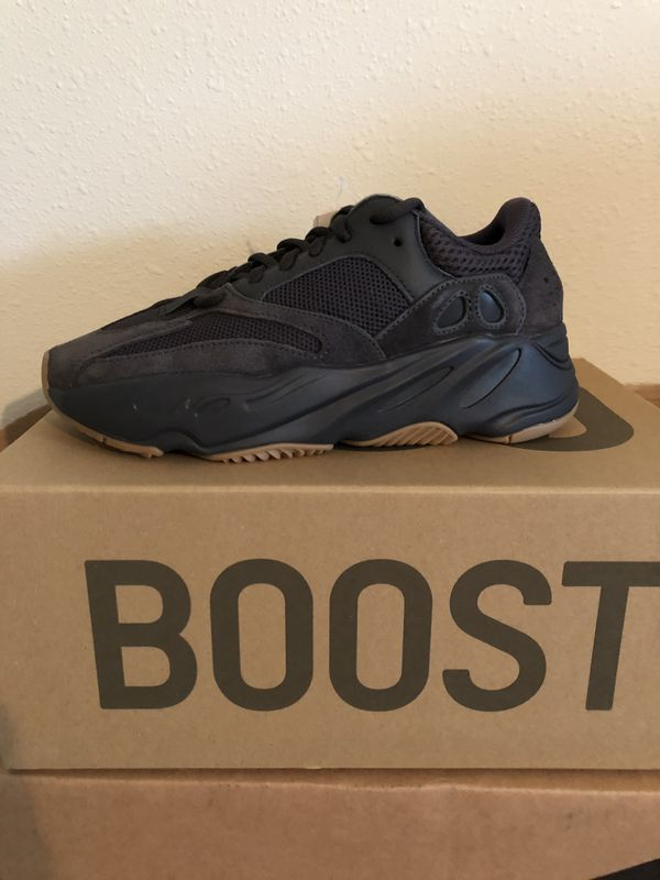 outlet store cf092 f407e Yeezy 700 Utility Black for Sale in Manvel, TX | Products in ...