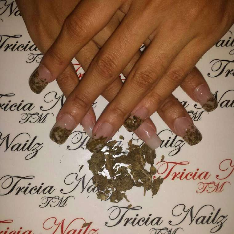 Weed Nail Art – Inserting cannabis in your nails is the latest weird ...