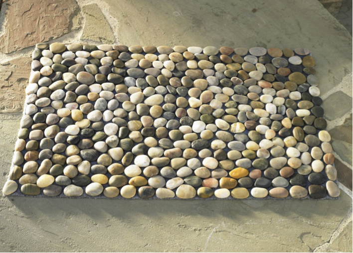 Making Your Own River Pebble Bath Mat Is A Unique Way Of Bringing The Look  Of