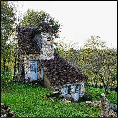 I love this witch cottage cool shit pinterest for Witches cottage house plans