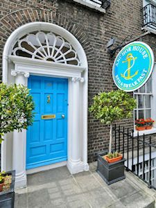 Anchor House Dublin - The best Irish breakfast I've ever had! This might be a good option for a night- $36.5pp/night includes breakfast!