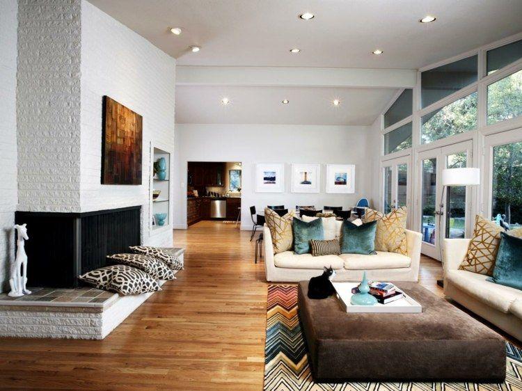Charmant Moderner Teppich Mit Buntem Zickzack Muster Als Wohnzimmer Akzent