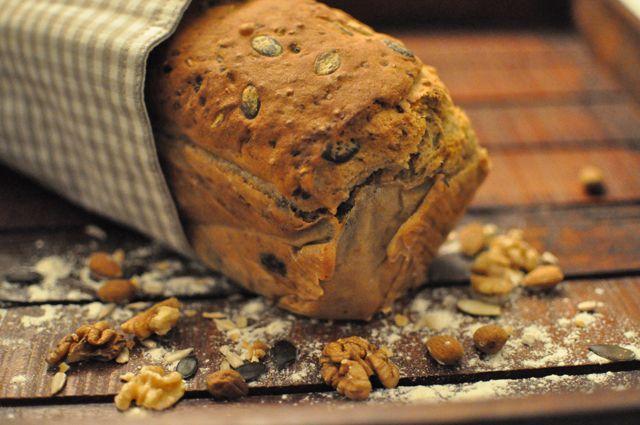 Wundervoll Blog: Spelt-walnut-carrot-bread