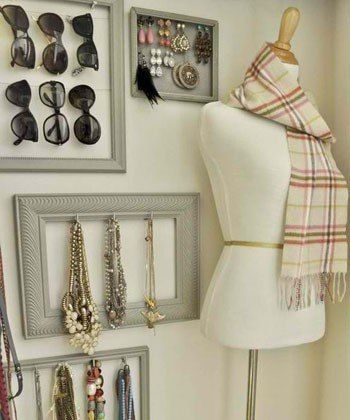 accessory wall: Lucky Magazine75 Creative Ways To Organize Your Jewelry : Lucky Magazine. I really need to this. My jewelry is all over the place. Whats the sense of having a lot if its not organized. Thanks Lucky.