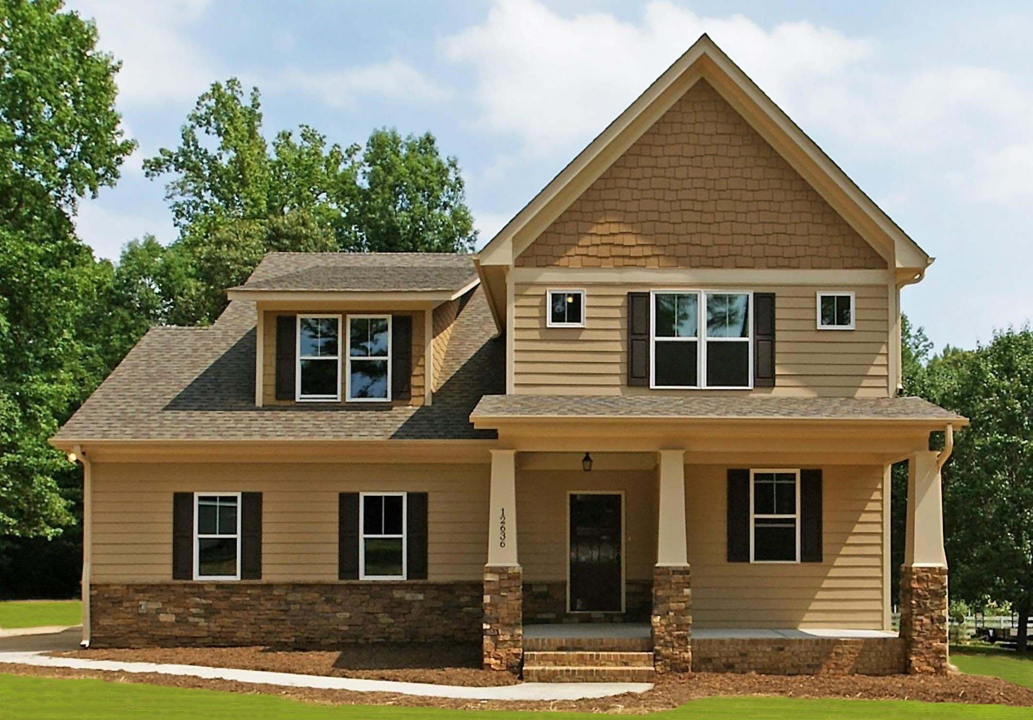 Beautiful Home Design With Craftsman Style Siding And Nice Small Terrace  With Creamy Accent Inspiration With Nature Surro. Part 83