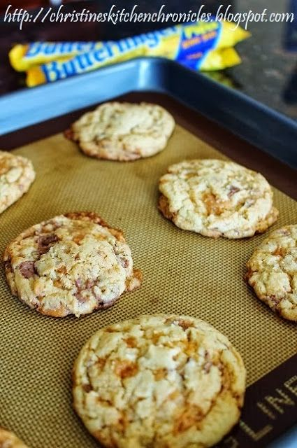 Christine's Kitchen Chronicles: Chewy Butterfinger Cookies