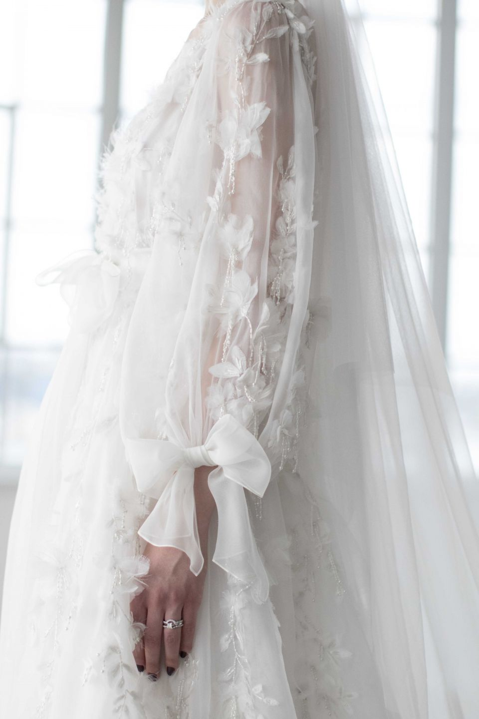 Ethereal Gowns / Marchesa Bridal Fall 2018 / Photo: The LANE   tie ...