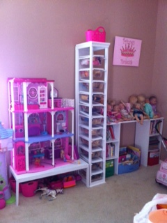 Merveilleux Barbie Doll Storage Cabinet (using Dollar Store Shoe Boxes)