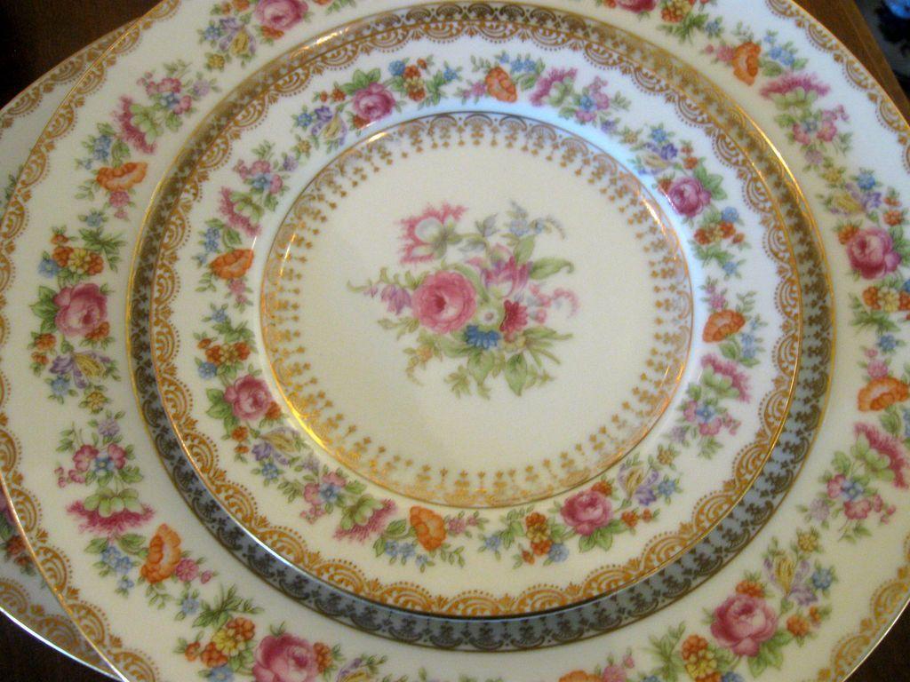84 Pc Dinnerware Set Of Noritake China Occupied Japan Rare Rose