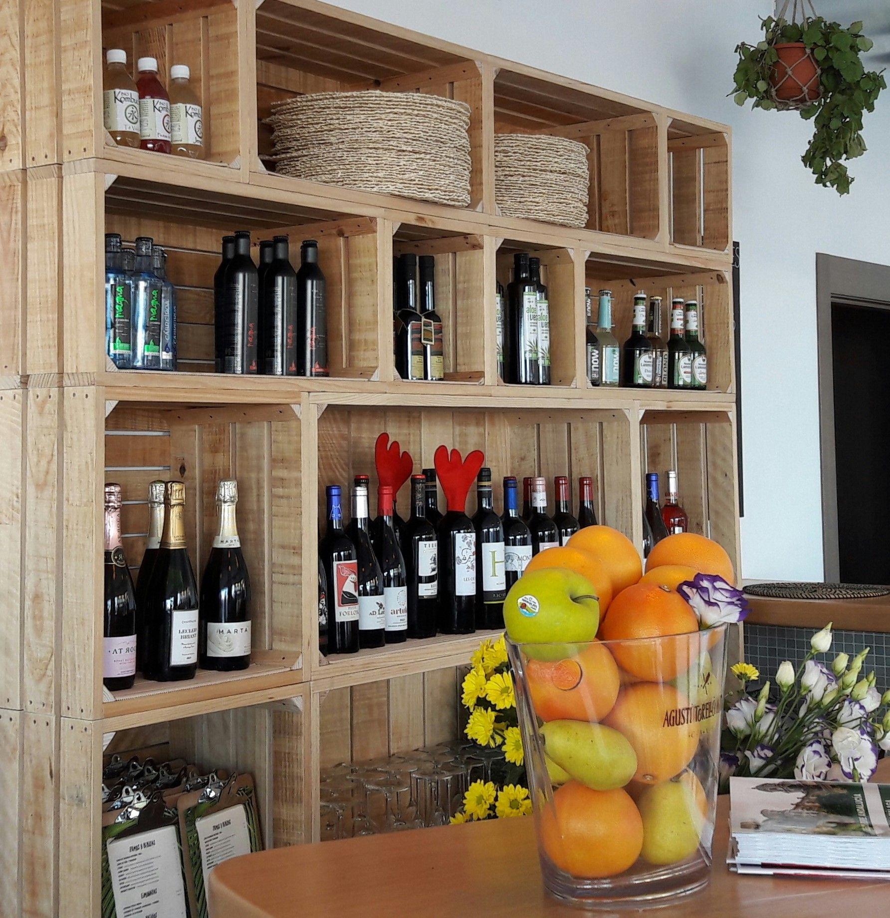 Mobiliario restaurante mueble auxiliar vintage cajas de for Mueble barra bar