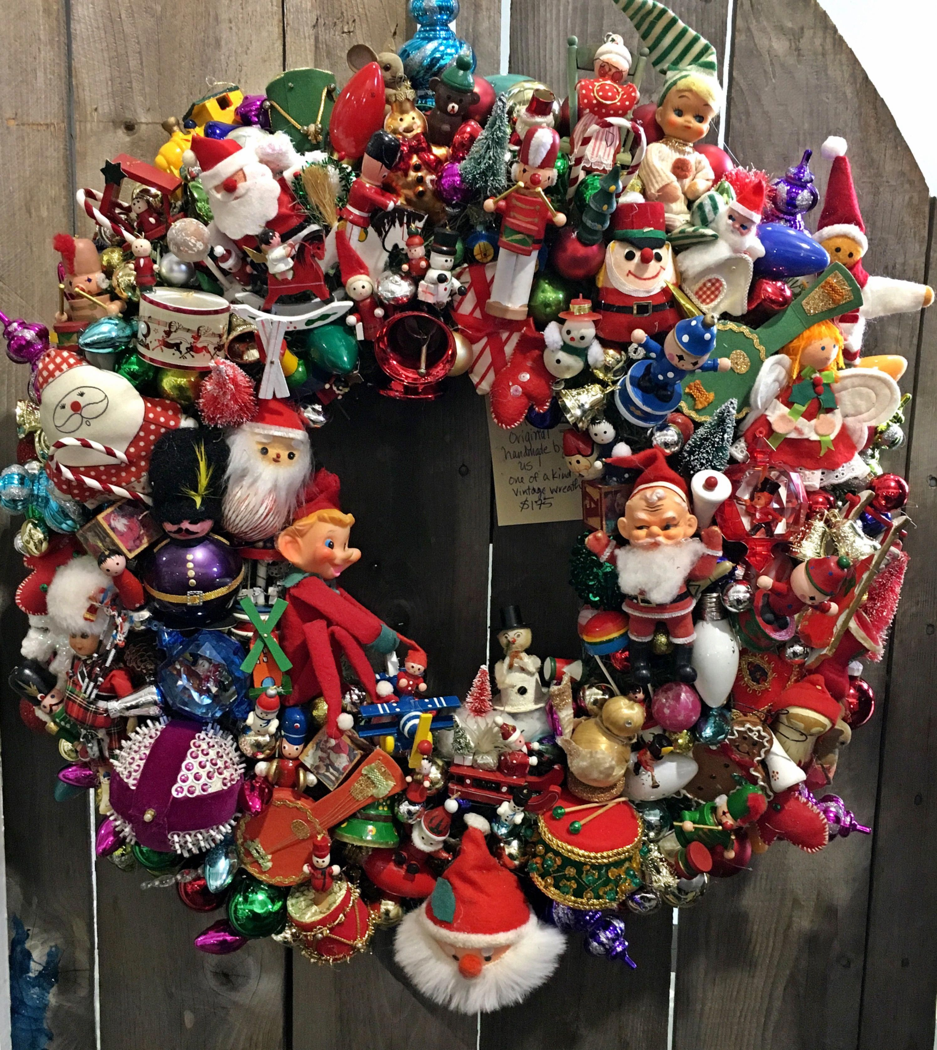 Great Vintage Ornament Wreath Vintagechristmas Christmas Ornament Wreath Christmas Wreaths Vintage Ornament Wreath