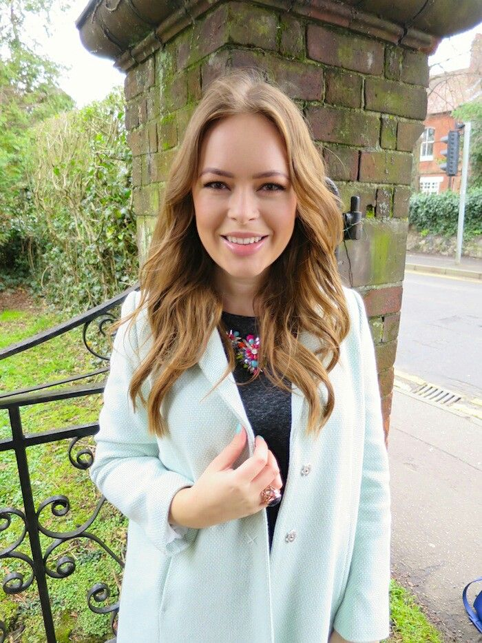 Lovely Spring Outfit By Tanya Burr Hair Pinterest Tanya Burr