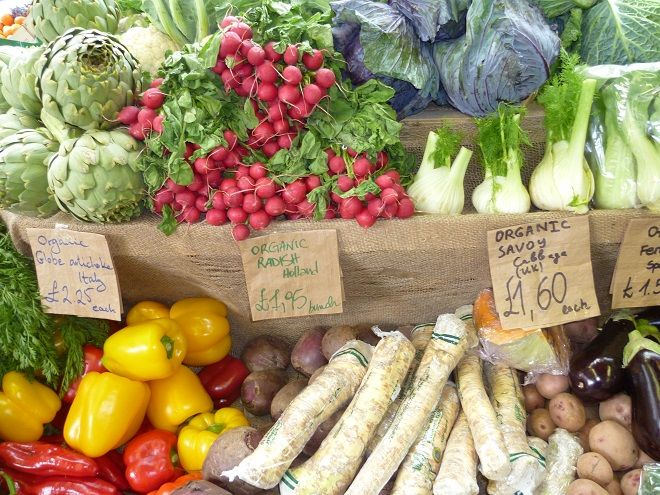 There's always a delightful array of fresh #vegetables at Borough Market! #foodie #instafood #londonvacation #foodmarket #foodshopping