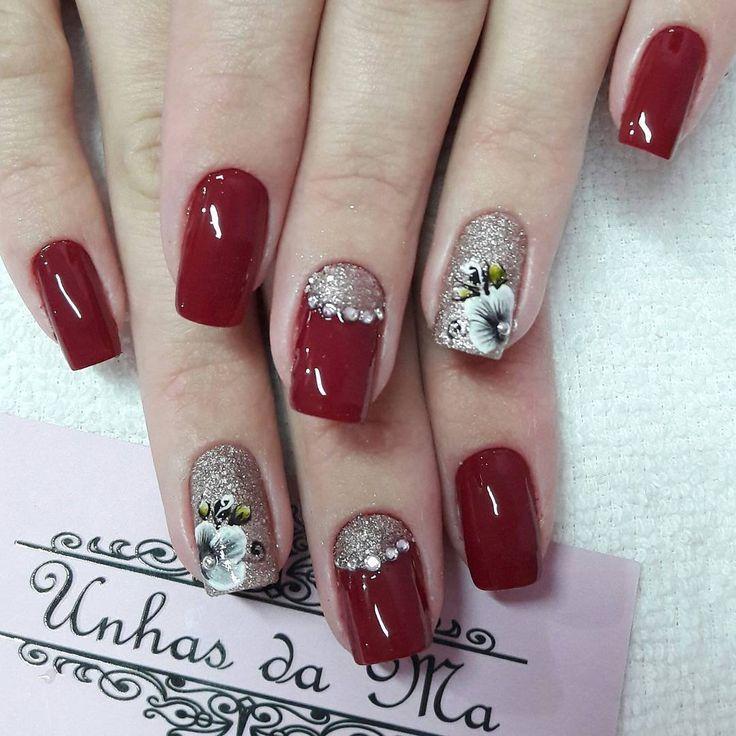 Unhas Vermelhas com Joias #instanails #NailArt #Nailsart #PedrariasnasUnhas #rednails #  # Decoracao Unhas Vermelhas