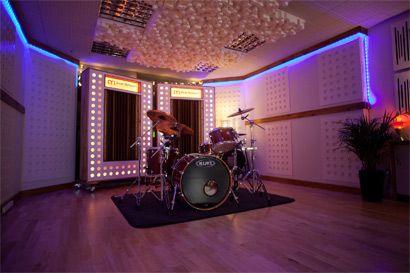 Alive hq recording studio re vamp studio and music studios for The family room recording studio