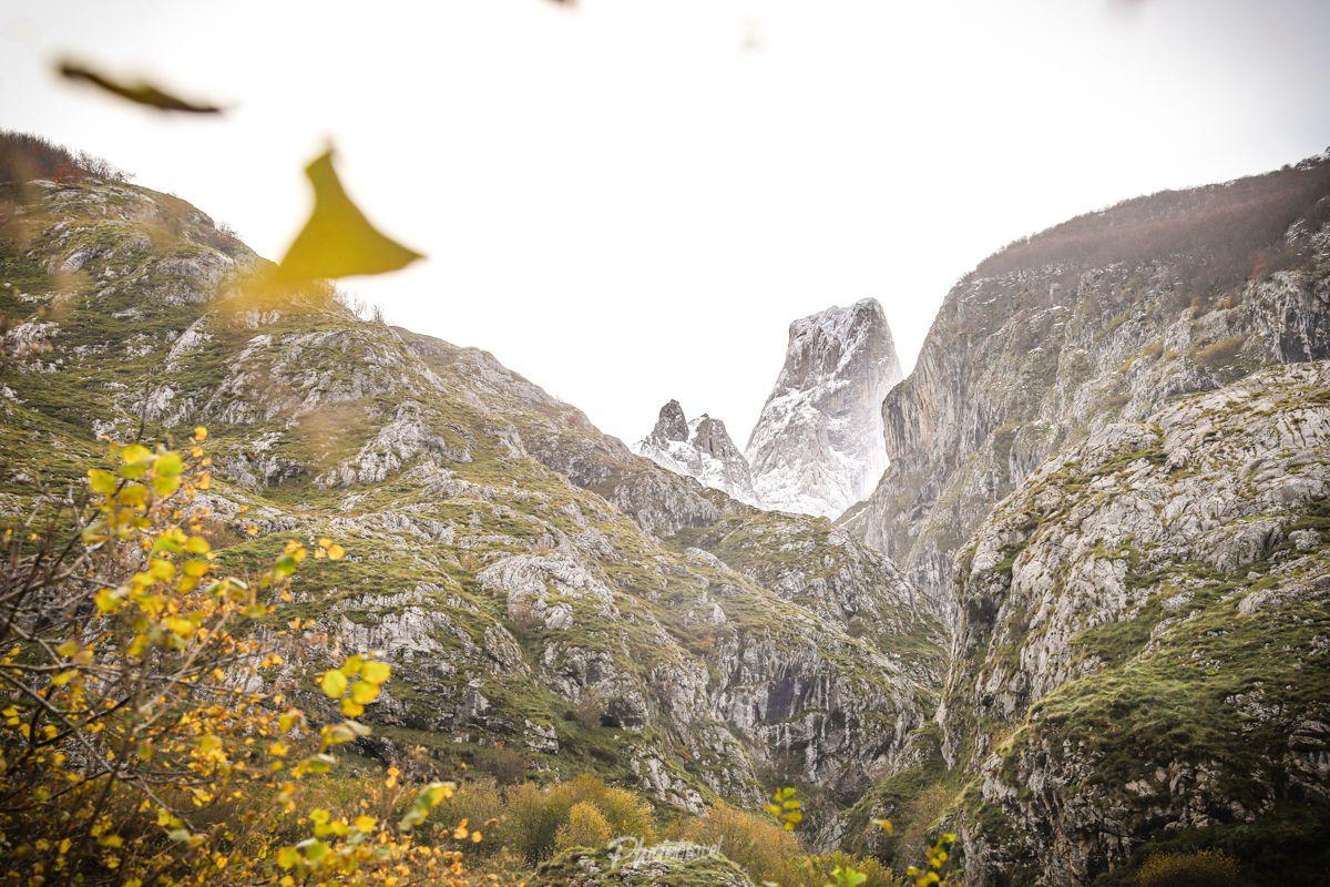 Bulnes, pueblo escondido en los Picos de Europa - Phototravel