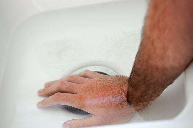 12546f2871508deb2fa4644e03b0a207 - How To Get Rid Of Ice Burn On Face