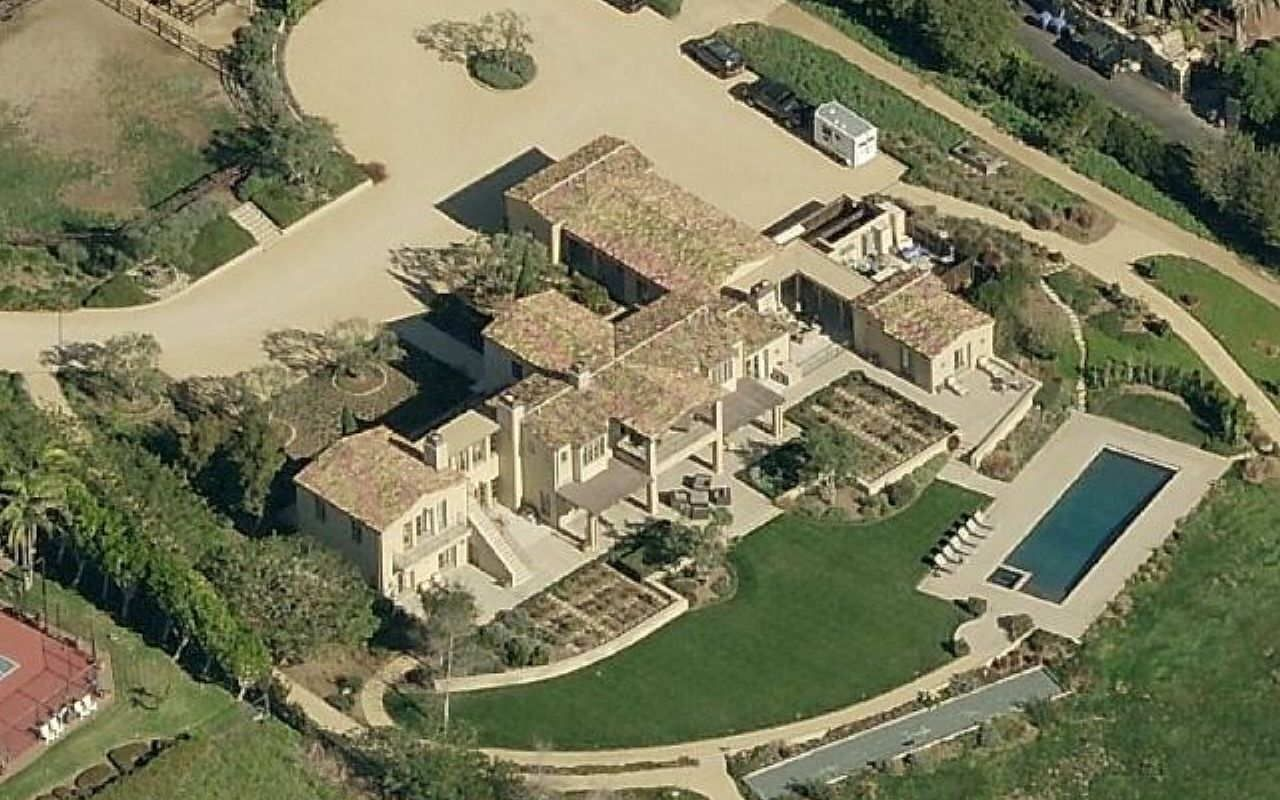 Photo of 32 Most Expensive Celebrity Homes That Are Out Of This World