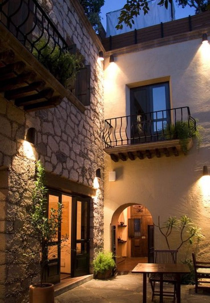Stone and adobe joined lake atitlan home pinterest for Case in stile adobe