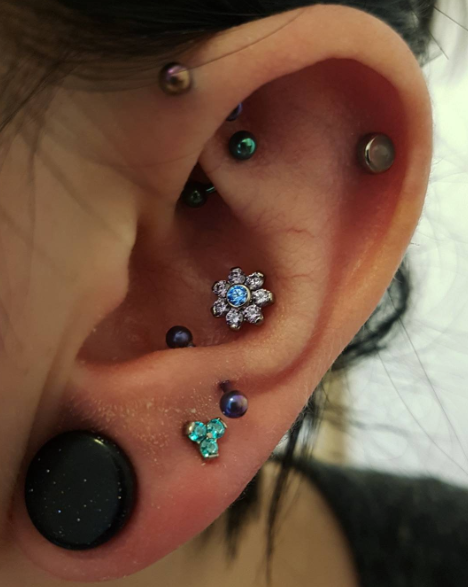 People Are Getting Constellation Piercings And The Results Are Stellar