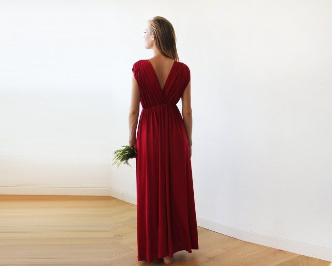 5ccf12f3a 15 Affordable Bridesmaid Dresses That Don't Look Cheap | affordable  bridesmaid dresses via http