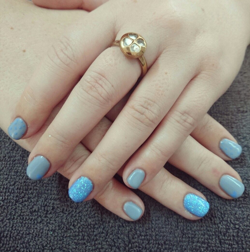 Blue and grey nails with dots | Romantique Nails | Pinterest | Gray ...