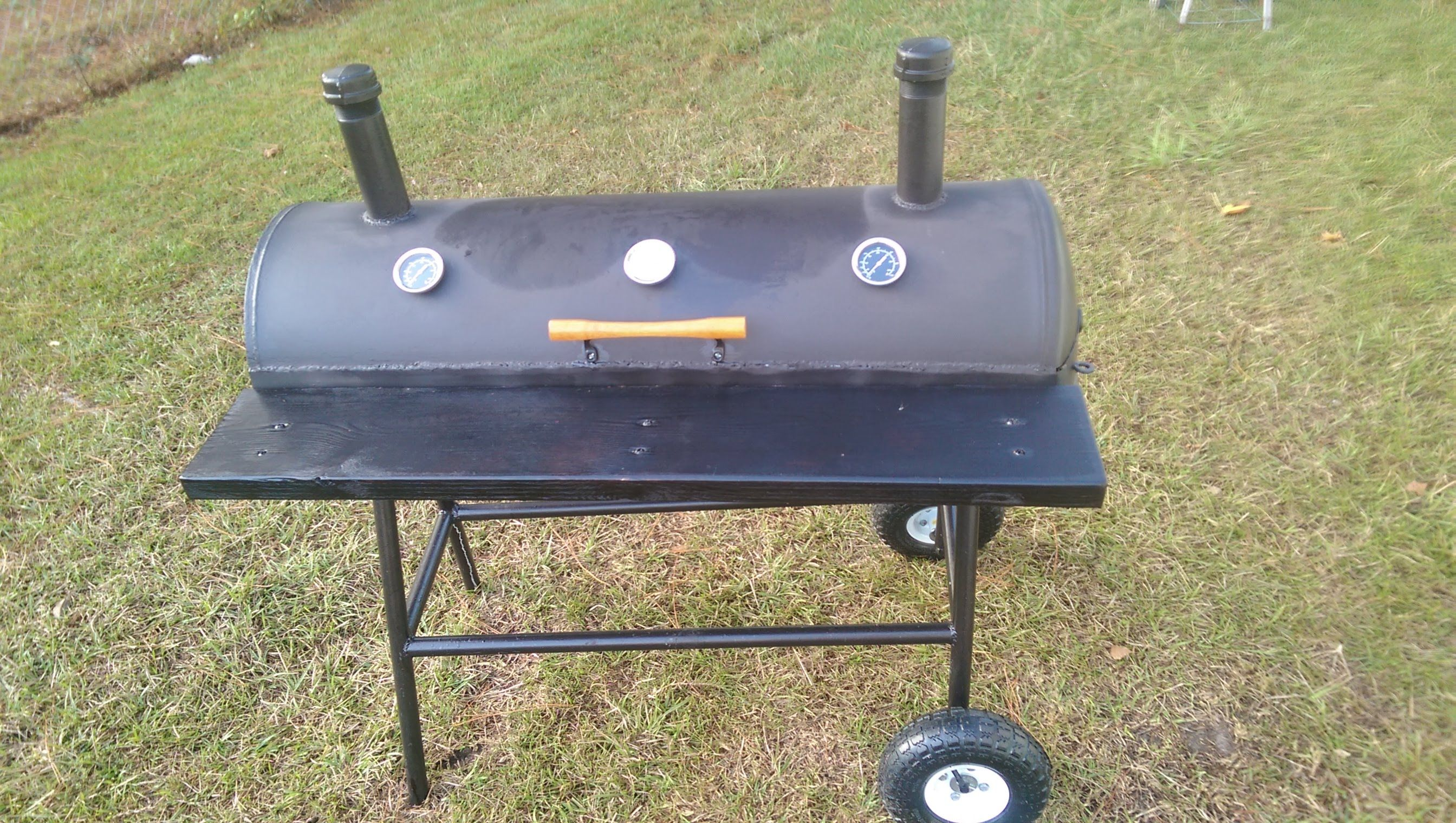 Building A Charcoal Grill From Hot Water Heater Hot Water Heater Charcoal Grill Best Charcoal Grill