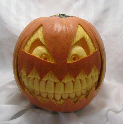 teeth pumpkin | pumpkin carvings. Notice the improvement in the carving of the teeth ... #pumkincarvingdesigns