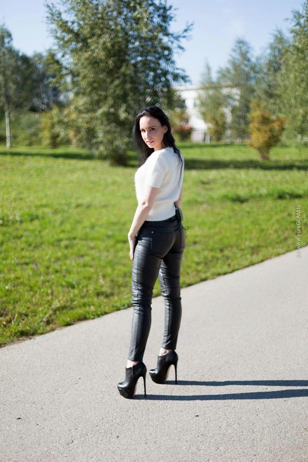 248b05f4da598 Pin by Jim Mundahl on leather | Walking in high heels, Extreme high ...