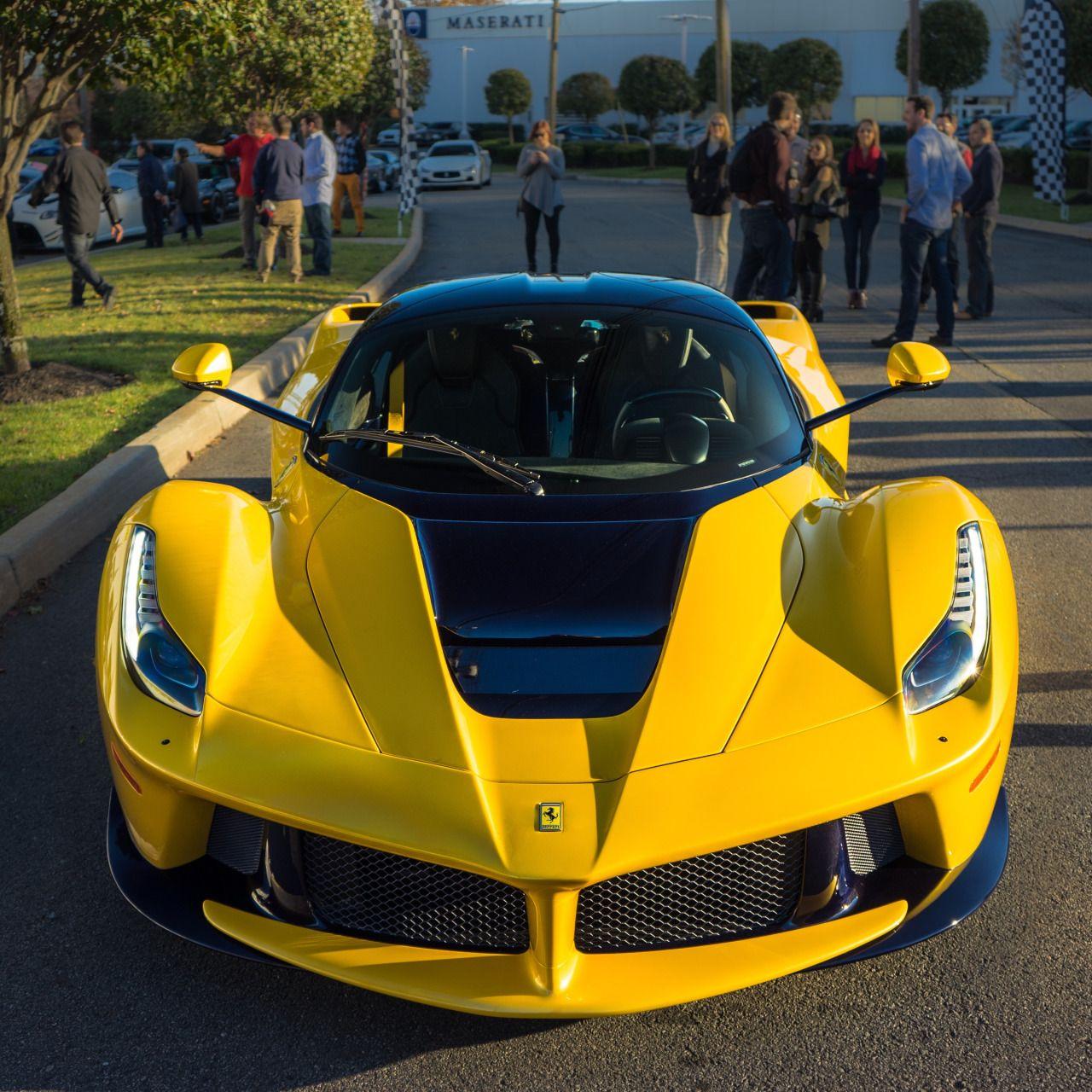Laferrari: Ferrari LaFerrari In Giallo-Modena Yellow [2400 X 2400