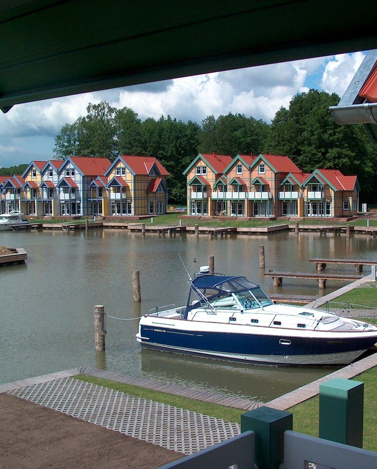 Tolles Ferienhaus am See im Hafendorf Rheinsberg mit