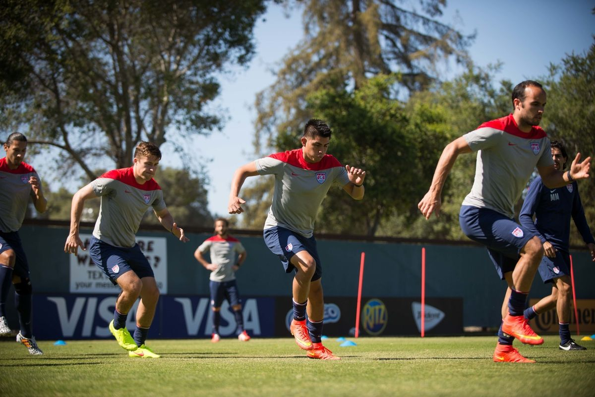 Photo Gallery U S Mnt Training May 19 2014 Soccer Team Training Photo Galleries